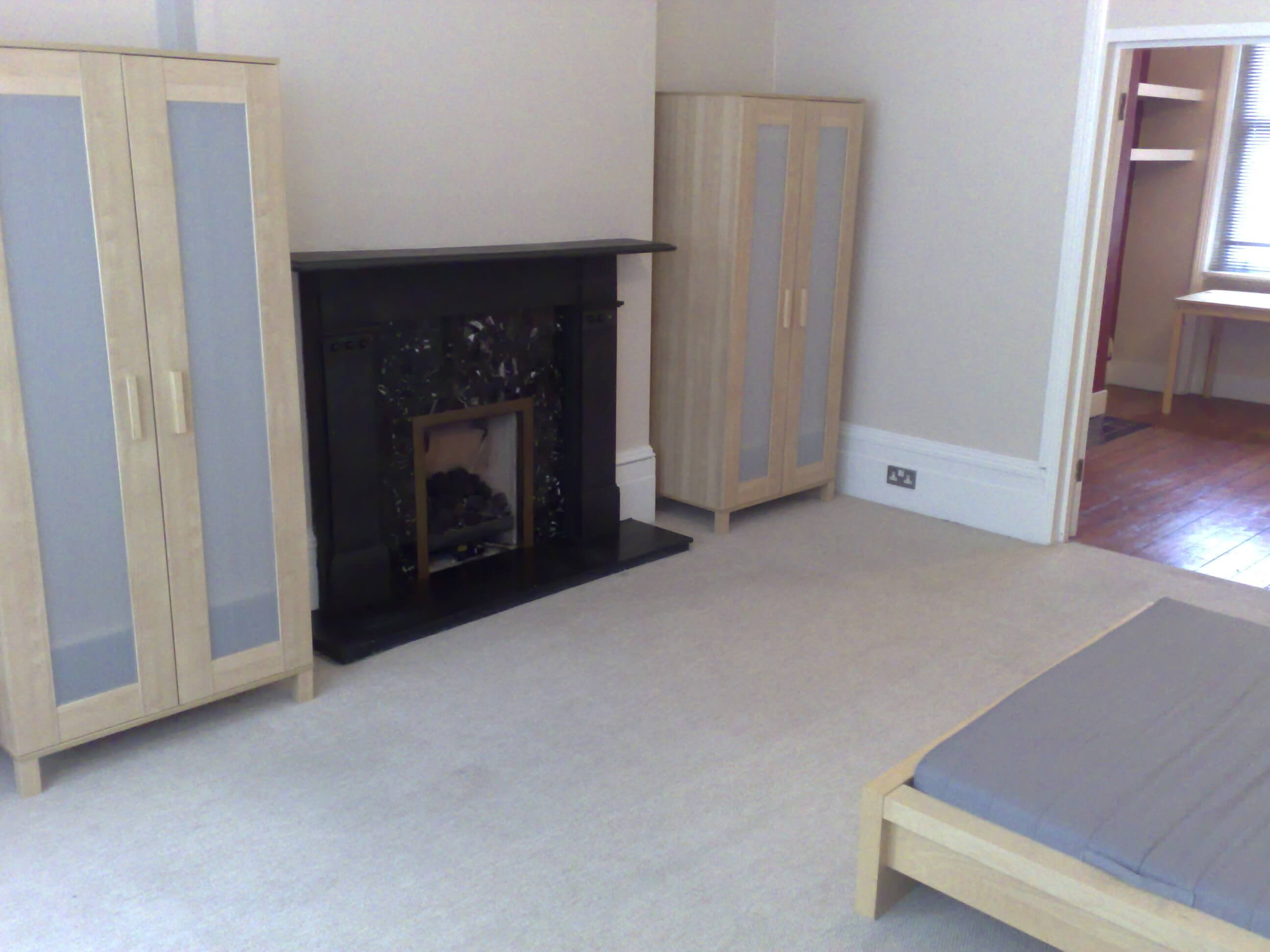 05102008300 - 1 Bed Flat , PALMERS GREEN - GROVELANDS ROAD