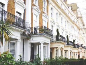 Screen Shot 2018 08 13 at 11.32.16 AM 300x225 - London housing