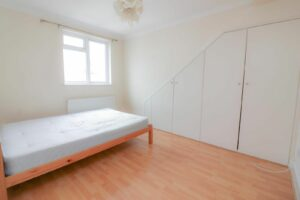 IMG 20210907 WA0026 300x200 - 1 Bed flat to rent Palmers Green