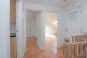 IMG 20210907 WA0028 300x200 - 1 Bed flat to rent Palmers Green