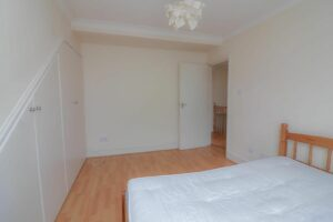 IMG 20210907 WA0030 300x200 - 1 Bed flat to rent Palmers Green