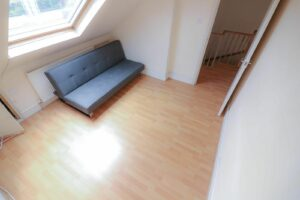 IMG 20210907 WA0032 300x200 - 1 Bed flat to rent Palmers Green