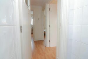 IMG 20210907 WA0033 300x200 - 1 Bed flat to rent Palmers Green
