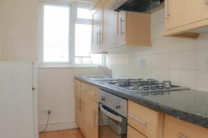 IMG 20210907 WA0035 300x200 - 1 Bed flat to rent Palmers Green