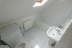 IMG 20210907 WA0038 300x200 - 1 Bed flat to rent Palmers Green