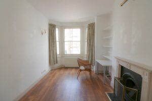 Photo 17 09 2021 20 51 42 1 1 300x200 - 2 BEDROOM FLAT TO RENT CAMDEN NORTH LONDON
